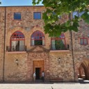 Antigua entrada a la Hospedería de Valvanera