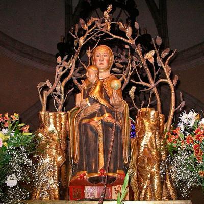 Oremos a la Virgen de Valvanera